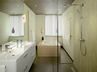 Modern Bathroom by Intermat Modern