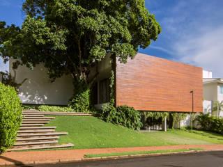Rumah Modern Oleh Felipe Bueno Arquitetura Modern