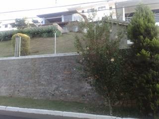 Transformação de canil em residência por DG Arquitetura + Design Moderno