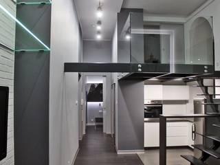 Single loft -- Lofty u Scheiblera , Łódź -- weloftdesign.com: styl , w kategorii Korytarz, przedpokój zaprojektowany przez WE LOFT DESIGN