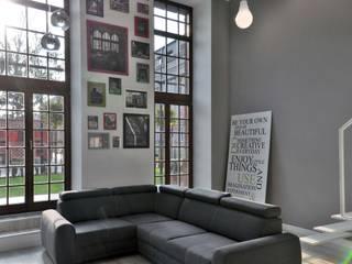 Salones de estilo minimalista de WE LOFT DESIGN Minimalista