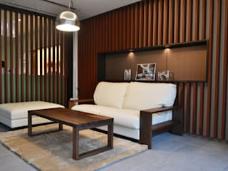 Eclectic style media room by 株式会社 3rd Eclectic