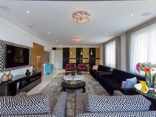 Sala de Estar impactante: Salas de estar  por Helen Granzote Arquitetura e Interiores