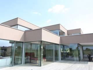 Case in stile in stile Minimalista di Neugebauer Architekten BDA