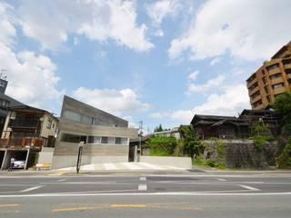 京町の家 TASS建築研究所 モダンな 家