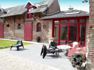 Jardines de estilo moderno de Emilie Bigorne, architecte d'intérieur CFAI Moderno