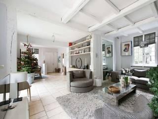 H2C DESIGN/ MAISON ST CLOUD Salon moderne par H2C GROUP Moderne