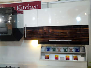 Classic Kitchen Display Project 1: classic  by Classic Kitchen Pvt Ltd,Classic