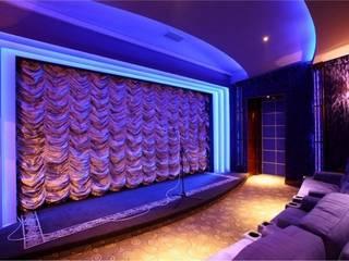 Домашний кино концертный зал Медиа комната в классическом стиле от Креативные Инженерные Решения Классический