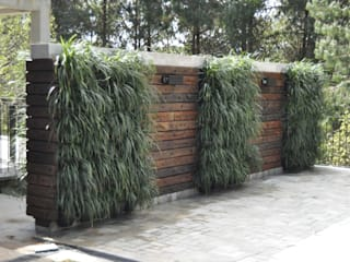 A Varanda Floricultura e Paisagismo Rustic style garden