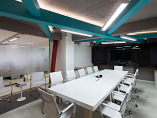 Estudio Sespede Arquitectos Office spaces & stores Wood Turquoise
