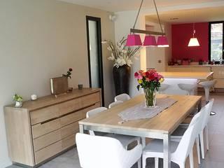 Maison de Ville Croissy sur Seine Yvelines Salle à manger moderne par B by Lulea Moderne