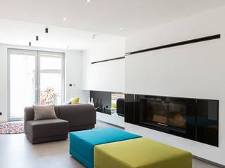 miniszyk Minimalist living room by unikat:lab Minimalist