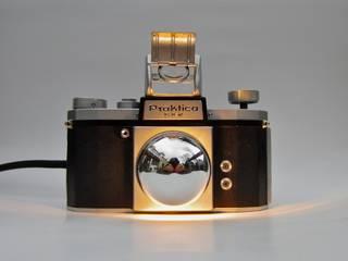 SpiegelreflexLampe  > Praktica FX2 <:   von LampenSchmiede