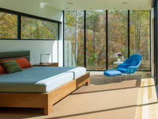 4 Springs Lane Modern style bedroom by Robert Gurney Architect Modern