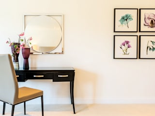 Home Staging : Highfield Drive In:Style Direct モダンスタイルの寝室