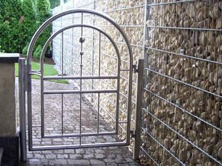 Tore - Gartentore Moderner Garten von Stalmach Group Modern