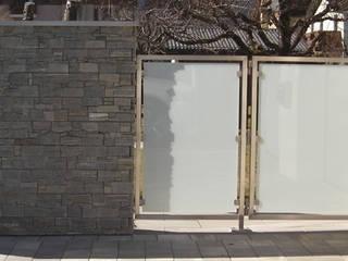 Tore - Gartentore Moderne Fenster & Türen von Stalmach Group Modern