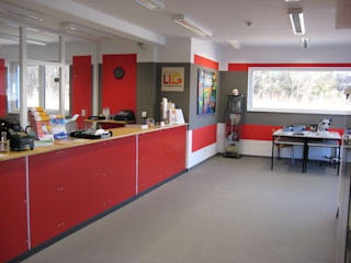 Bürogebäude im Passivhaus-Stadard mit Lagerhalle:   von passivbau Blohm Wohn- und Gewerbebau GmbH&Co.KG