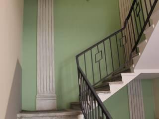 Corridor & hallway by atelier-witzmann