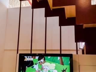 Salón: Salones de estilo  de KM Arquitectos