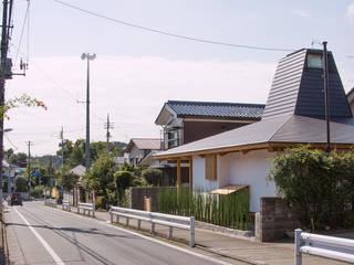 traditional wooden technique A-House โดย 建築設計事務所 山田屋 ผสมผสาน