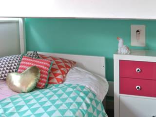 Nursery/kid's room by Kinderkamervintage, Modern