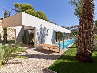 "Vivienda ""Mirando al mar soñé"": Casas de estilo moderno de Ascoz Arquitectura"