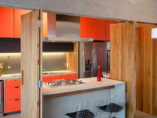 Apartamento em Perdizes: Cozinhas modernas por Vereda Arquitetos