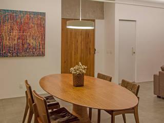 Apartamento em Perdizes: Salas de jantar  por Vereda Arquitetos