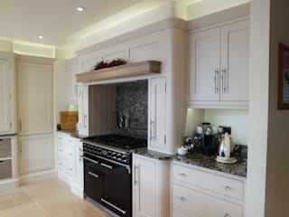 HAND BUILT KITCHEN Eclectic style kitchen by COOPER BESPOKE JOINERY LTD Eclectic
