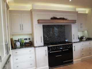 HAND BUILT KITCHEN Colonial style kitchen by COOPER BESPOKE JOINERY LTD Colonial