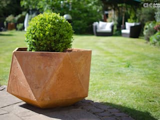 Femkant Concrete Planter Adam Christopher Design Garden Plant pots & vases Concrete Orange