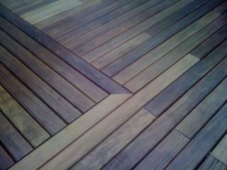 Terrazas de madera: Jardines de estilo  de Paisajes Albert