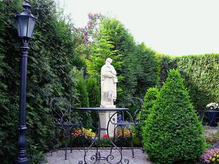 Classic style garden by Gartentraum.de - Werner und Klopfleisch OHG Classic