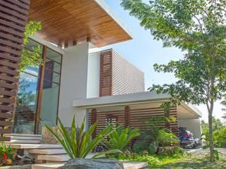 Casas de estilo  por Ancona + Ancona Arquitectos