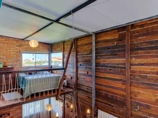 Ferraro Habitat Cuartos de estilo rústico