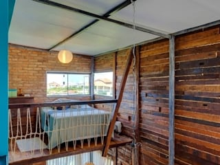 Ferraro Habitat Rustic style bedroom