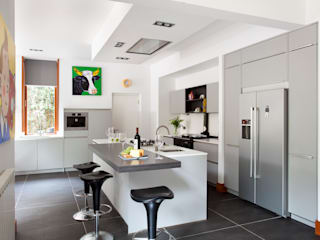 Nottinghill:  Kitchen by Interior360