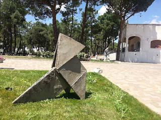 Esculturas de gran formato en cemento especial. de Escultor. Angel Gil Rural