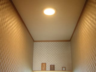 Lavatory of light and shadow 根據 きど建築設計事務所(Kido Architectural Design Office) 古典風