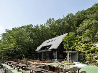 亀岡保養所2号棟リノベーション: 一級建築士事務所シンクスタジオが手掛けたです。