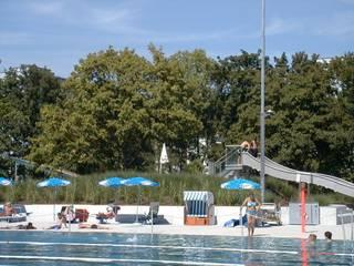 Freibad: klassischer Pool von Keller AG