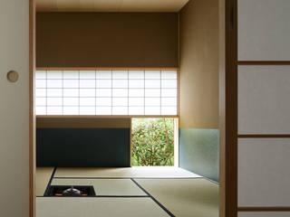 024軽井沢Hさんの家: atelier137 ARCHITECTURAL DESIGN OFFICEが手掛けた和室です。