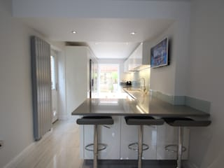 Making the most of the space! AD3 Design Limited Modern kitchen