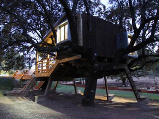 Casas de estilo  por Urbanarbolismo