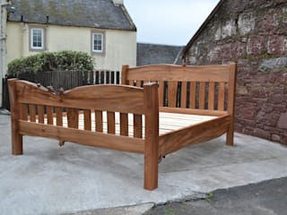 Bed:   by Clachan Wood