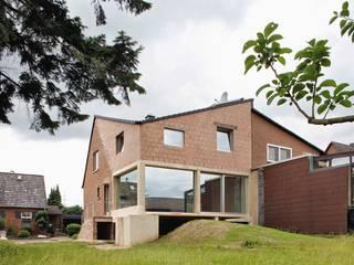 Schreber:   von Amunt Architekten Martenson und Nagel Theissen BDA