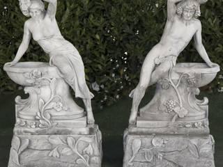 BACO Y VENUS DE JARDIN 58X38X105cm.:  de estilo  de Ana Parra