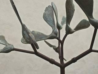 Sycamore Seed Cloud Sculpture Modern garden by David Watkinson Sculpture Modern